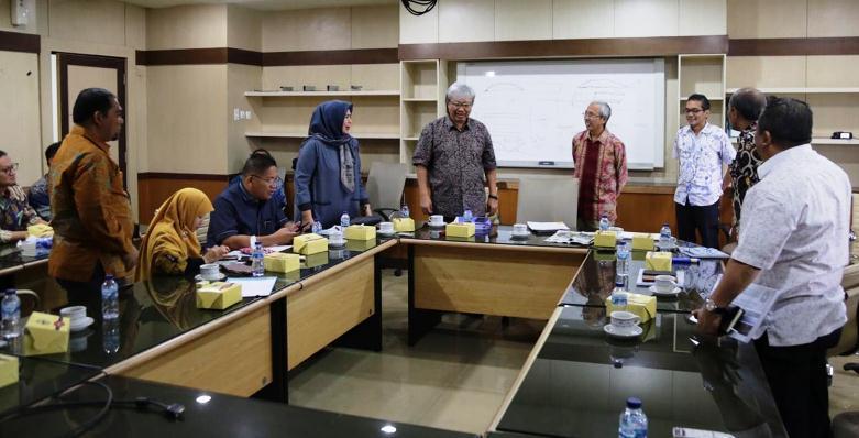 Komisi III DPRD Kepri Saat Pertemuan Dengan Kementerian PUPR