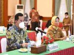Pjs Gubernur Kepri, Bahtiar Baharuddin Saat Webinar