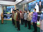 Wali Kota tanjungpinang, Rahma Saat Mengukuhkan Majelis Pertimbangan Tim Pengendali Mutu dan Tim Kelitbangan Kota Tanjungpinang