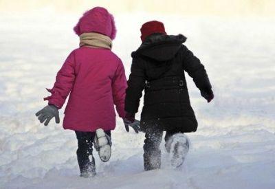 Scoli inchise in 27 si 28 ianuarie in Bucuresti si in 26 e judete afectate de ninsoare | MondoNews