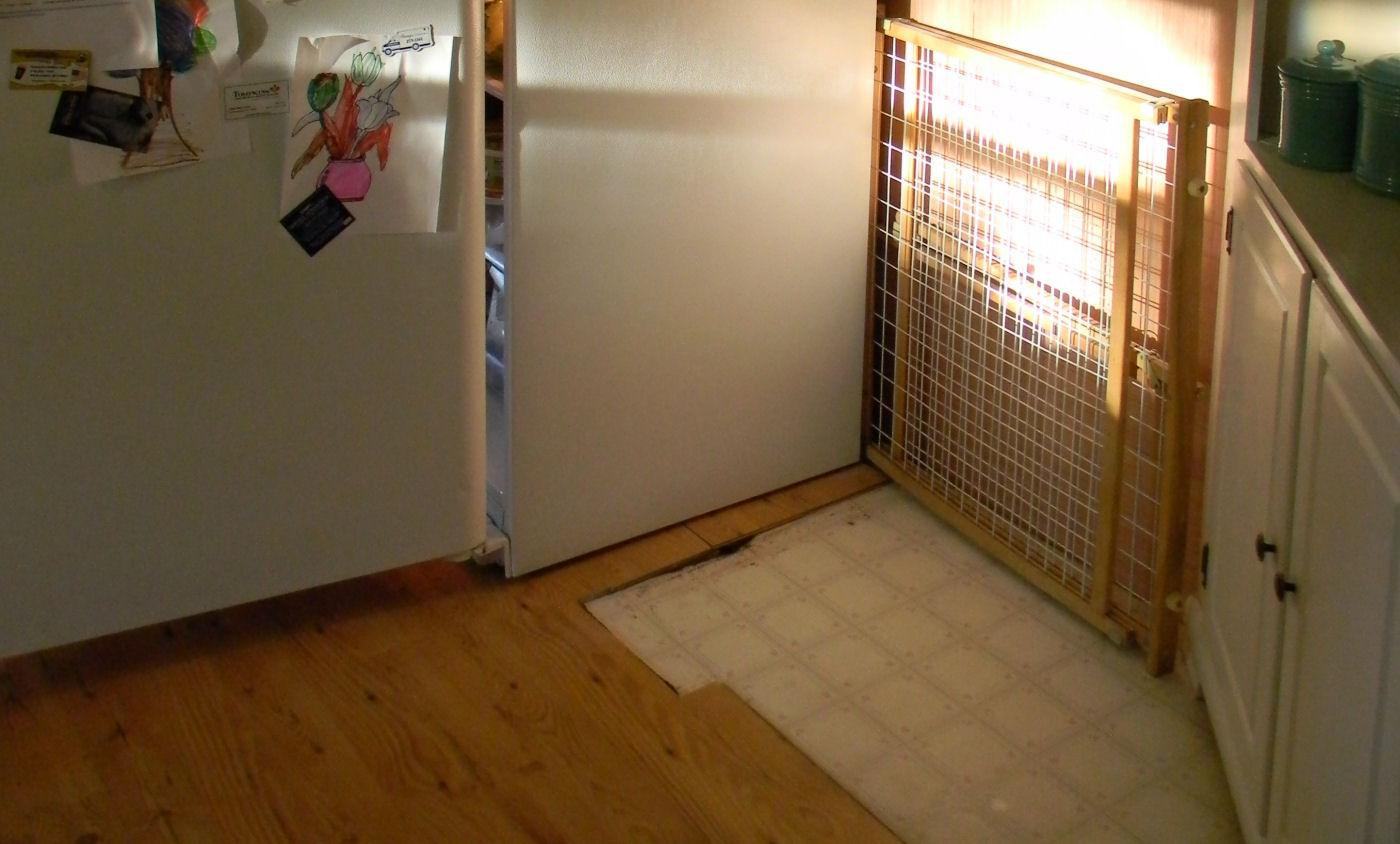 take up laminate laminate kitchen flooring Take up old laminate flooring Mobile Home Kitchen Makeover