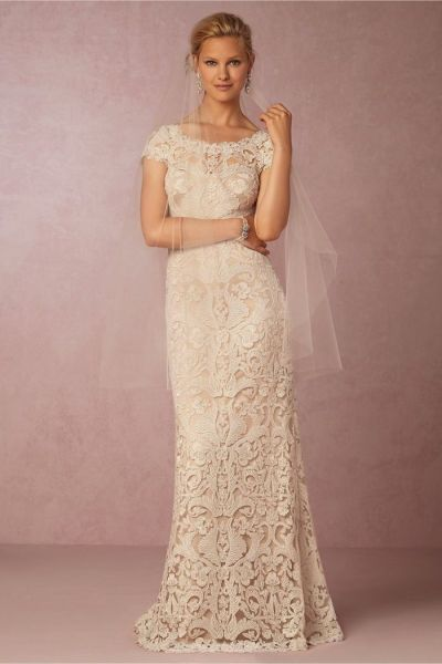 5 Unique Used Wedding Dresses That Are Not White - Once Wed