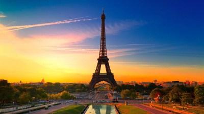 Eiffel Tower wallpapers at Night | PixelsTalk.Net