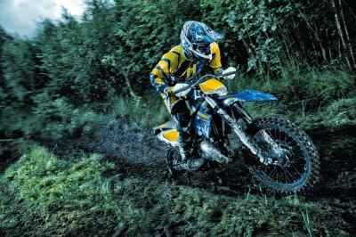 Free HD Dirt Bike Wallpapers | PixelsTalk.Net