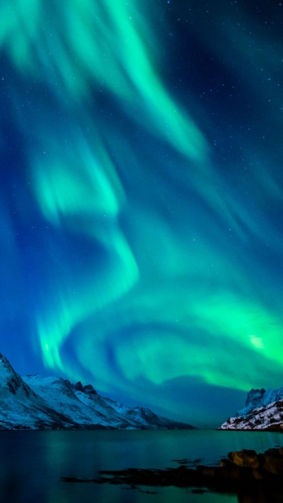 Aurora Borealis HD Wallpaper for Mobile | PixelsTalk.Net