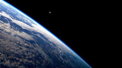 Apple Earth Wallpapers | PixelsTalk.Net
