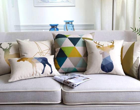Poduszki dekoracyjne na kanapie