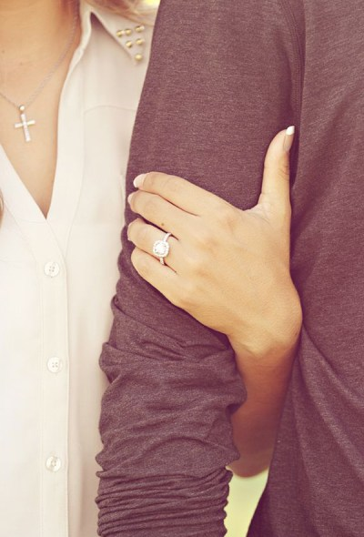 15 Most Creative Engagement Announcement Photos - Praise ...