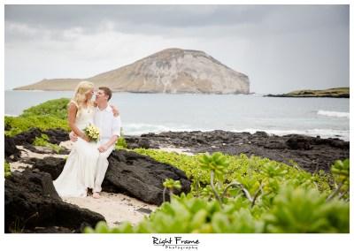 Hawaii Destination Wedding Makapuu Beach by RIGHT FRAME ...