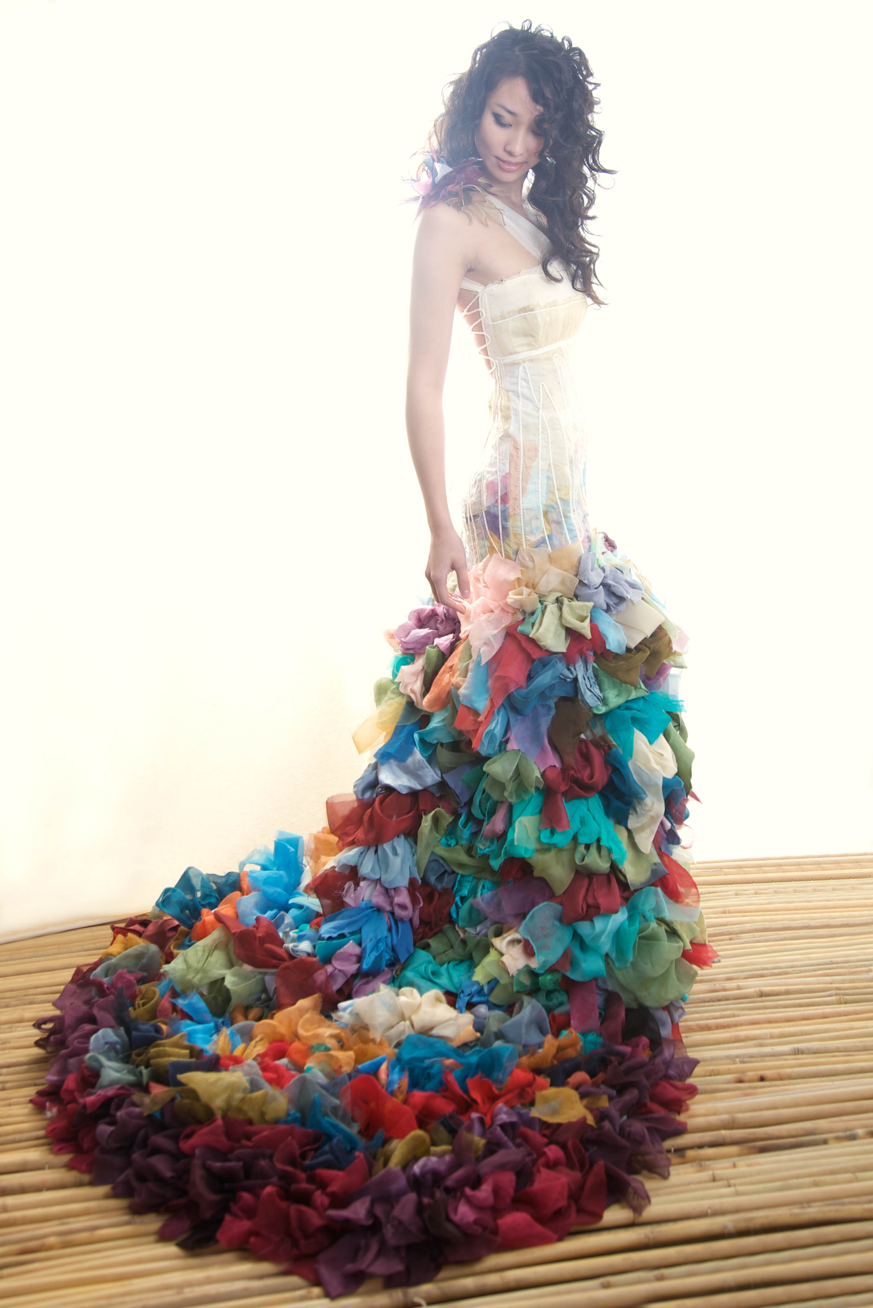unusual colorful wedding dresses colorful wedding dress Unusual Colorful Wedding Dresses 34