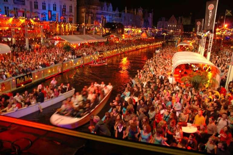 Rode Kruis-Vlaanderen - helpt helpen - Gentse Feesten 2018