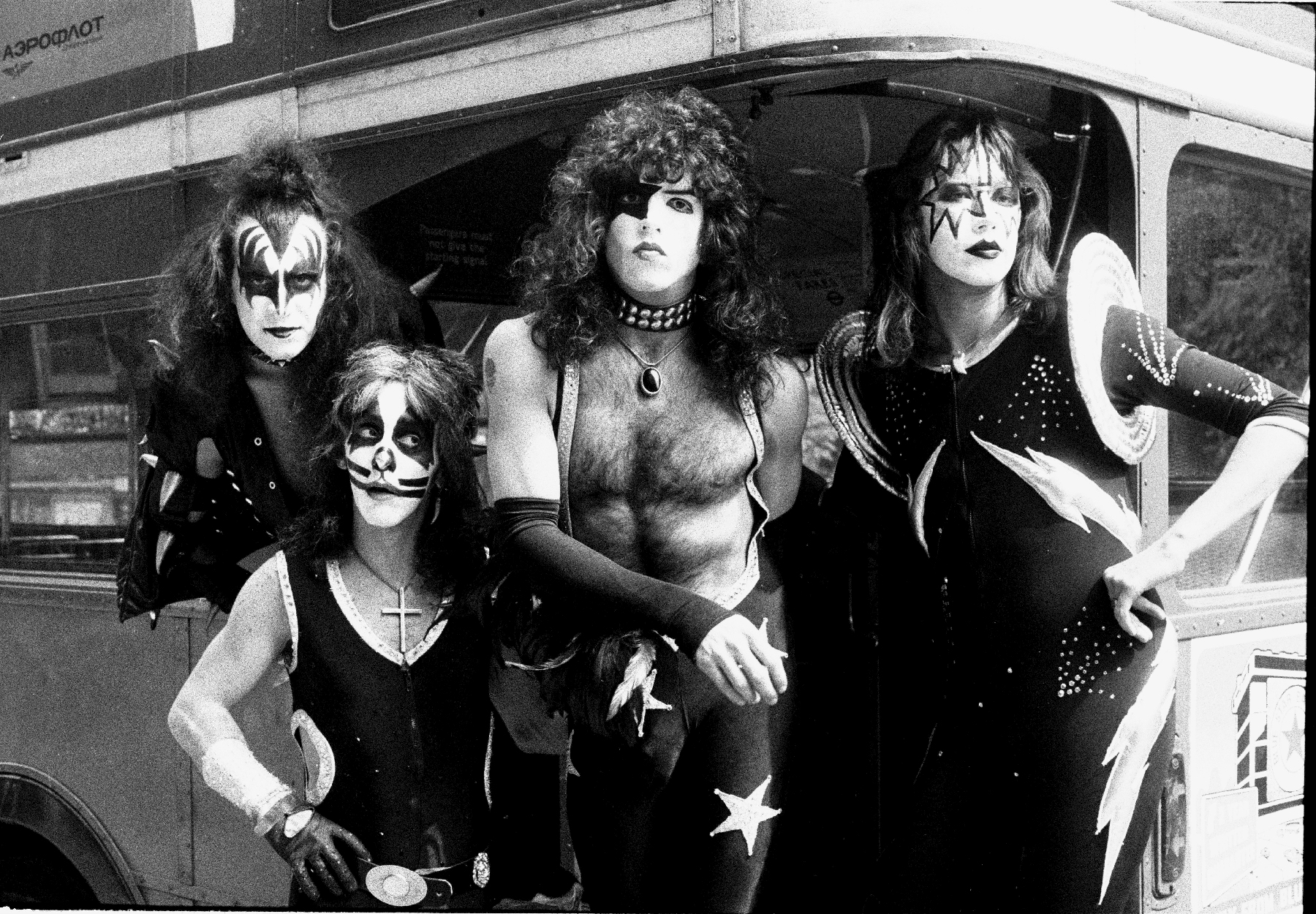 Kiss and Tell  Comparing the Original Band Members  Memoirs     kiss  Gene Simmons  Peter Criss  Paul Stanley  Ace Frehley