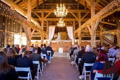 13 Stunning Barn Wedding Venues Near Indianapolis - Rustic ...