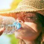 Cu?nta agua beber al d?a. Calcular cantidad seg?n peso y edad