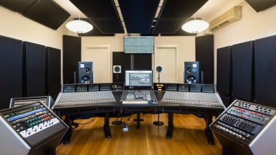 Next-Gen Reference Tracks: 12 Top Engineers Share Their Essential Reference Mixes — Page 4 of 5 ...