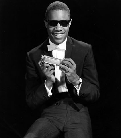 Stevie Wonder Photo Gallery Stevie Wonder with harmonica