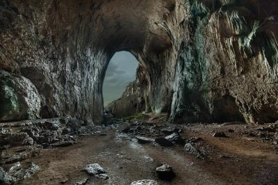 30 Mysterious and Fascinating Caves & Dens - Stockvault.net Blog