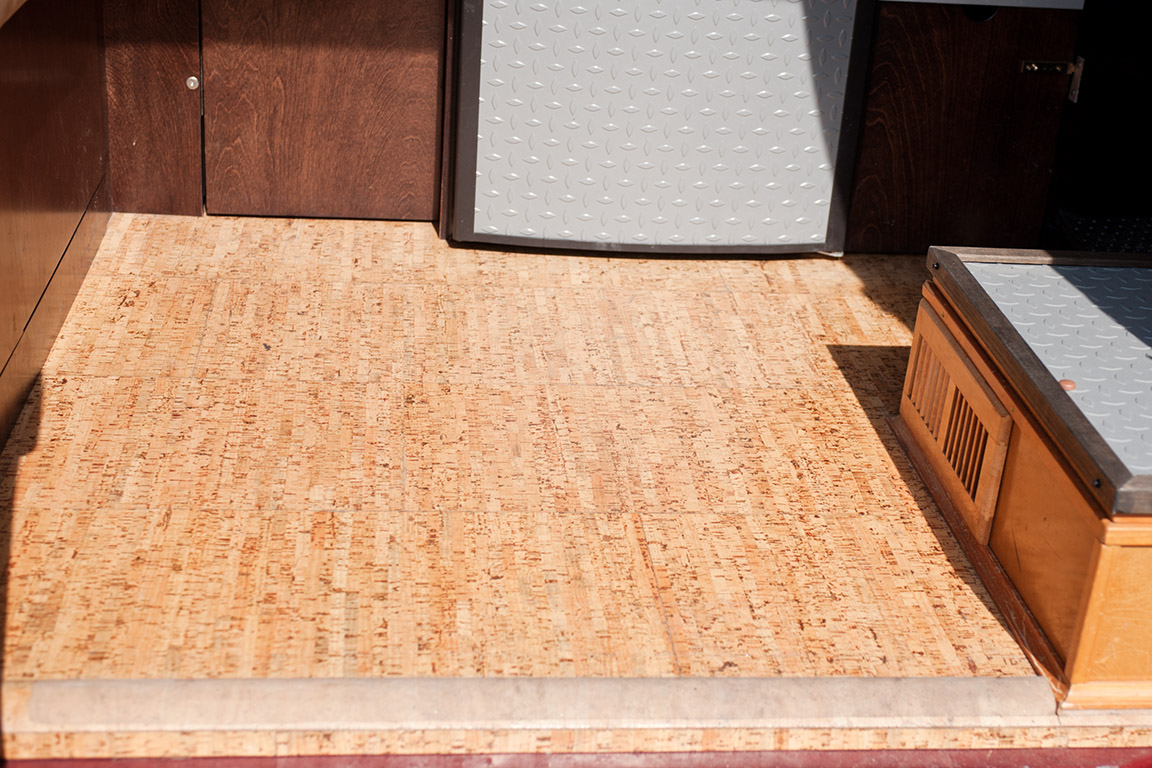 viewtopic cork flooring kitchen Image may have been reduced in size Click image to view fullscreen