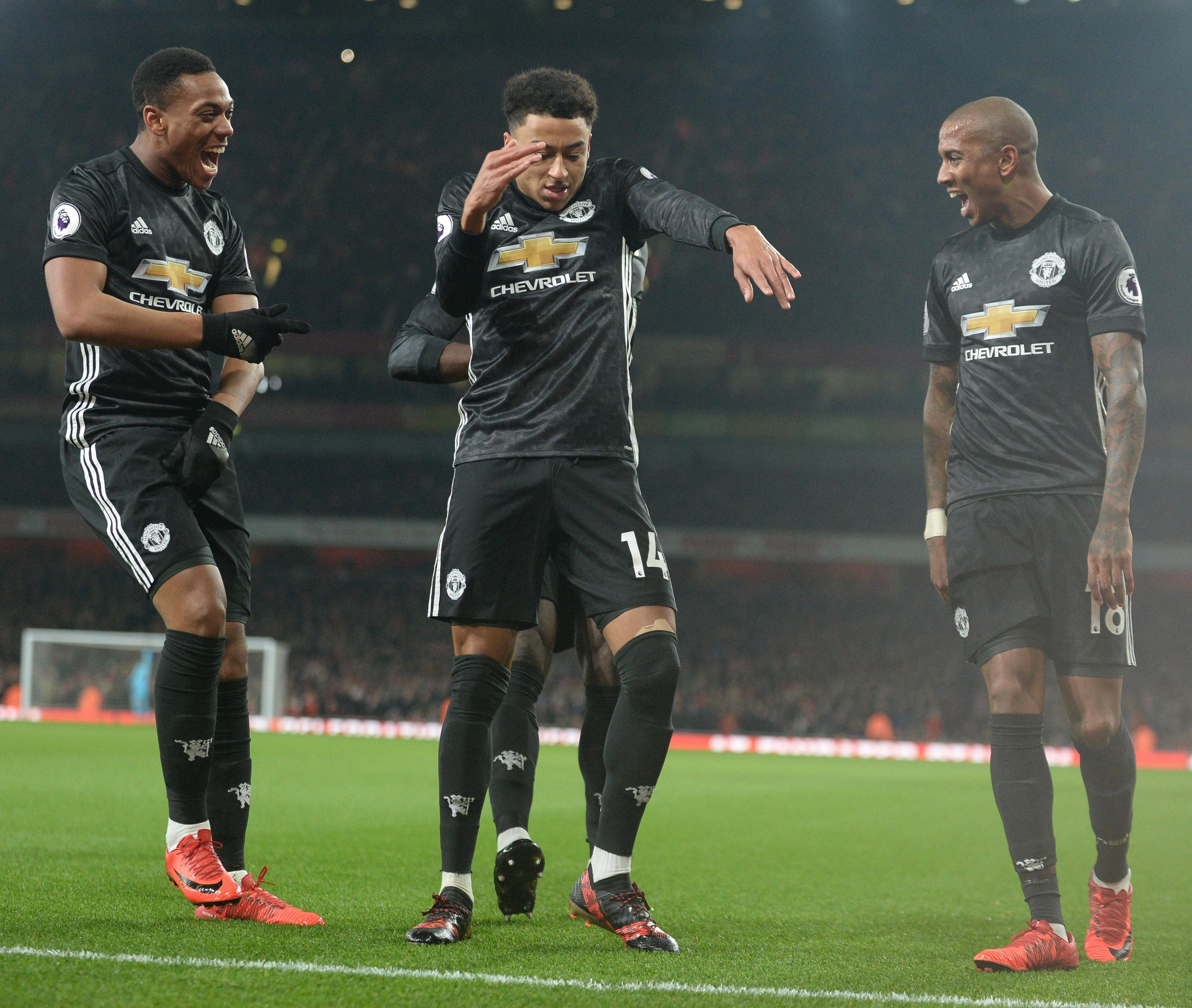 Jesse Lingard and Piers Morgan in Twitter war over Alexis Sanchez     Lingard celebrates with  Milly Rock  dance after scoring against Arsenal