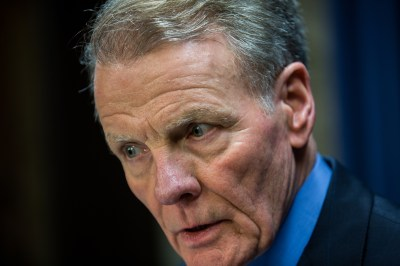 Madigan uses quirk in law to stockpile 2016 campaign cash ...