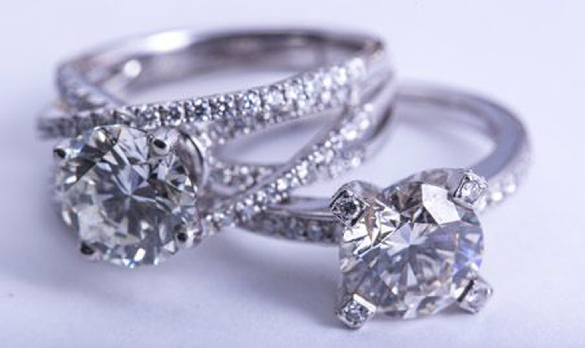 ct kay jewelers diamond swapping story kay jewelers wedding ring Kay Jewelers owner denies engaging in diamond swapping Chicago Tribune
