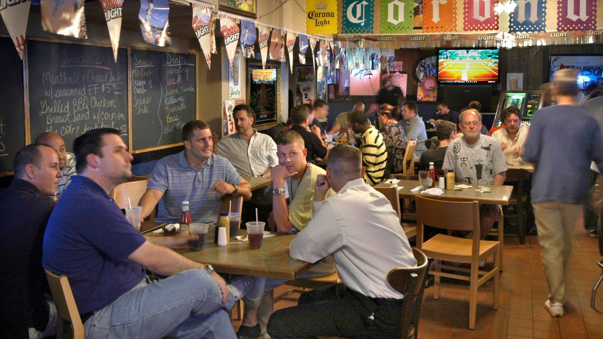 PJ s Pub  a veteran Charles Village sports bar  to close after     PJ s Pub  a veteran Charles Village sports bar  to close after tonight    Baltimore Sun