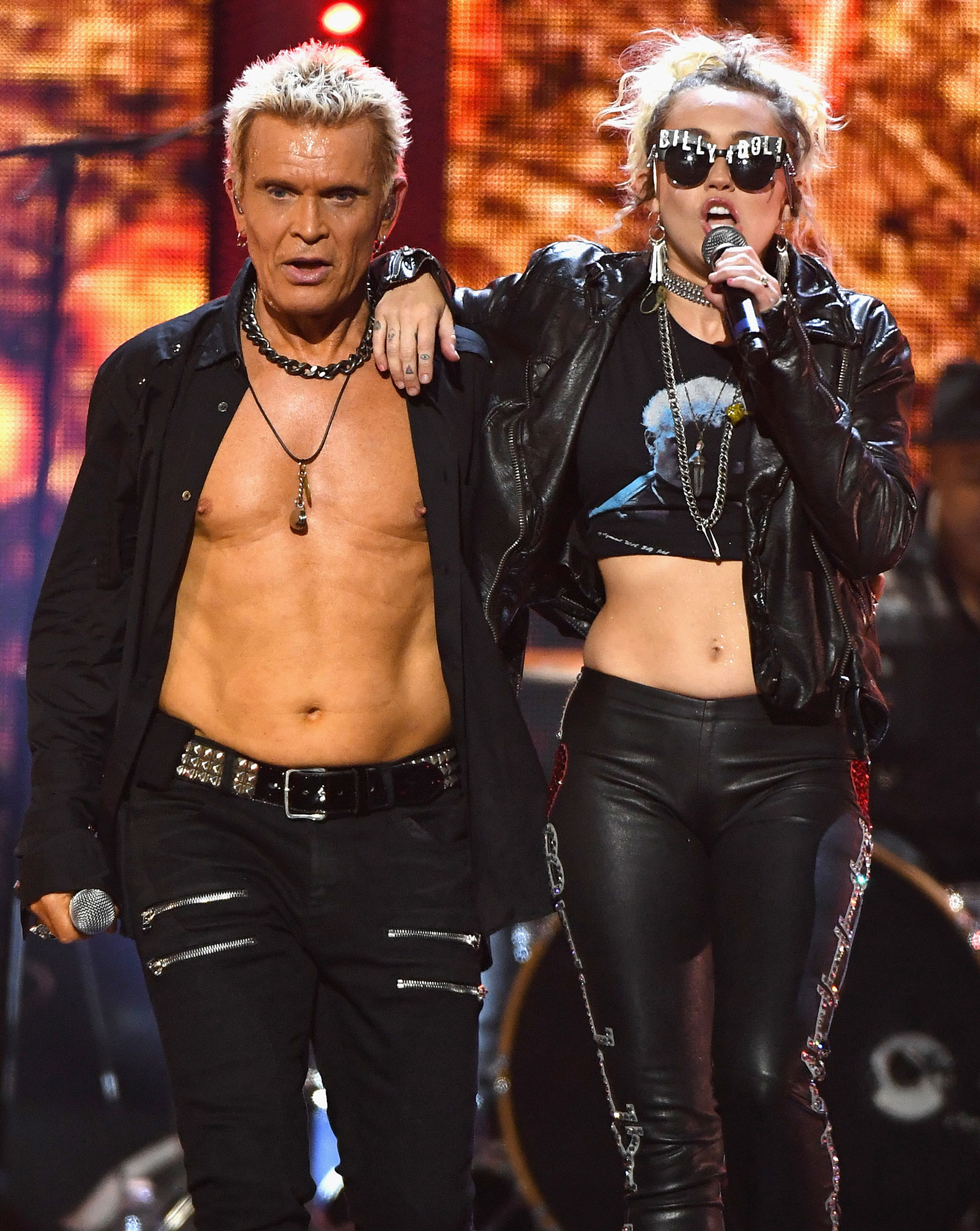 Miley Cyrus  Billy Idol Sing  Rebel Yell  at iHeartRadio Festival Billy Idol  Miley Cyrus