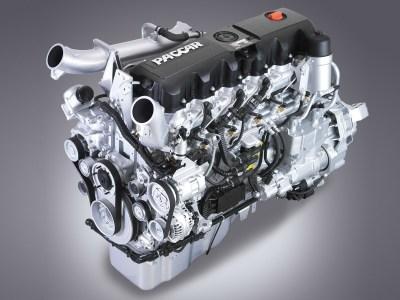2010 Kenworth T700 semi tractor engine f wallpaper | 1600x1200 | 206881 | WallpaperUP