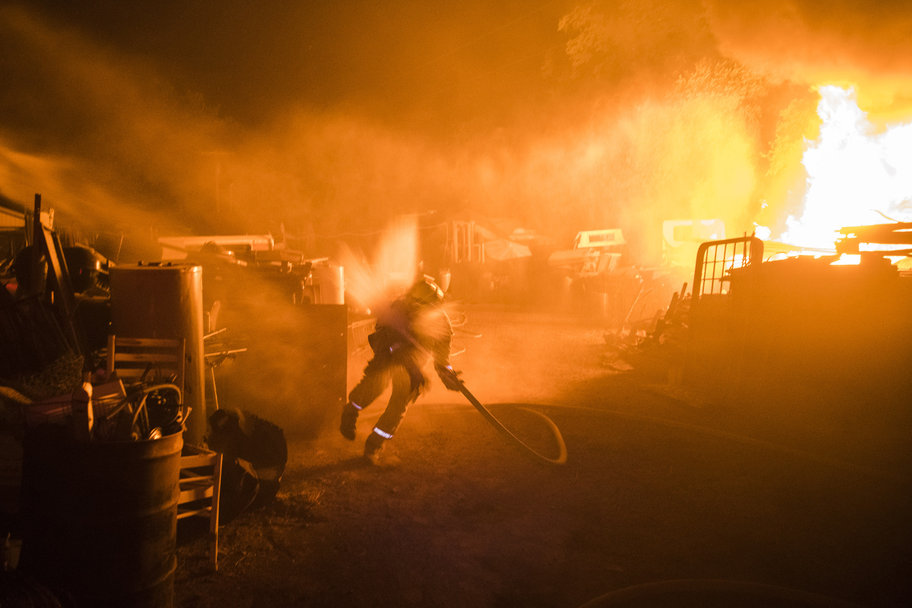 Maps of the Mendocino Complex Fire in California   Washington Post A Shasta County firefighter stumbles after water pressure to a fire hose is  turned on while fighting the River Fire west of Lakeport  Calif   on July  31