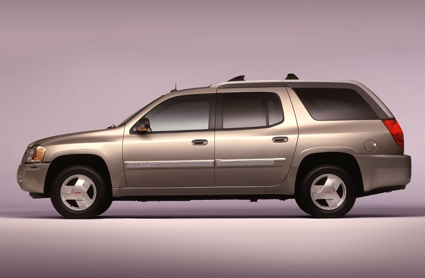 The GMC Envoy XUV Was the Best of the Worst   Web2Carz 2004 GMC Envoy XUV