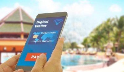 Omantel and Sohar International unveil 'eFloos' digital wallet
