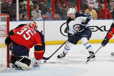 Kyle Wellwood Photos Photos - Winnipeg Jets v Florida Panthers - Zimbio
