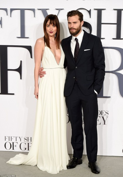 259D77F000000578-2951244-Handsome_pair_Dakota_and_her_handsome_co_star_Jamie_Dornan_prove-a-75_1423769316568