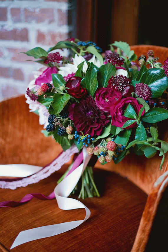 Fall Berry Color Wedding Inspiration Real Weddings And Parties 100 Layer Cake