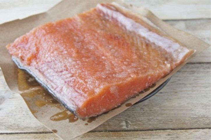 Засолка рыбы в пергаменте