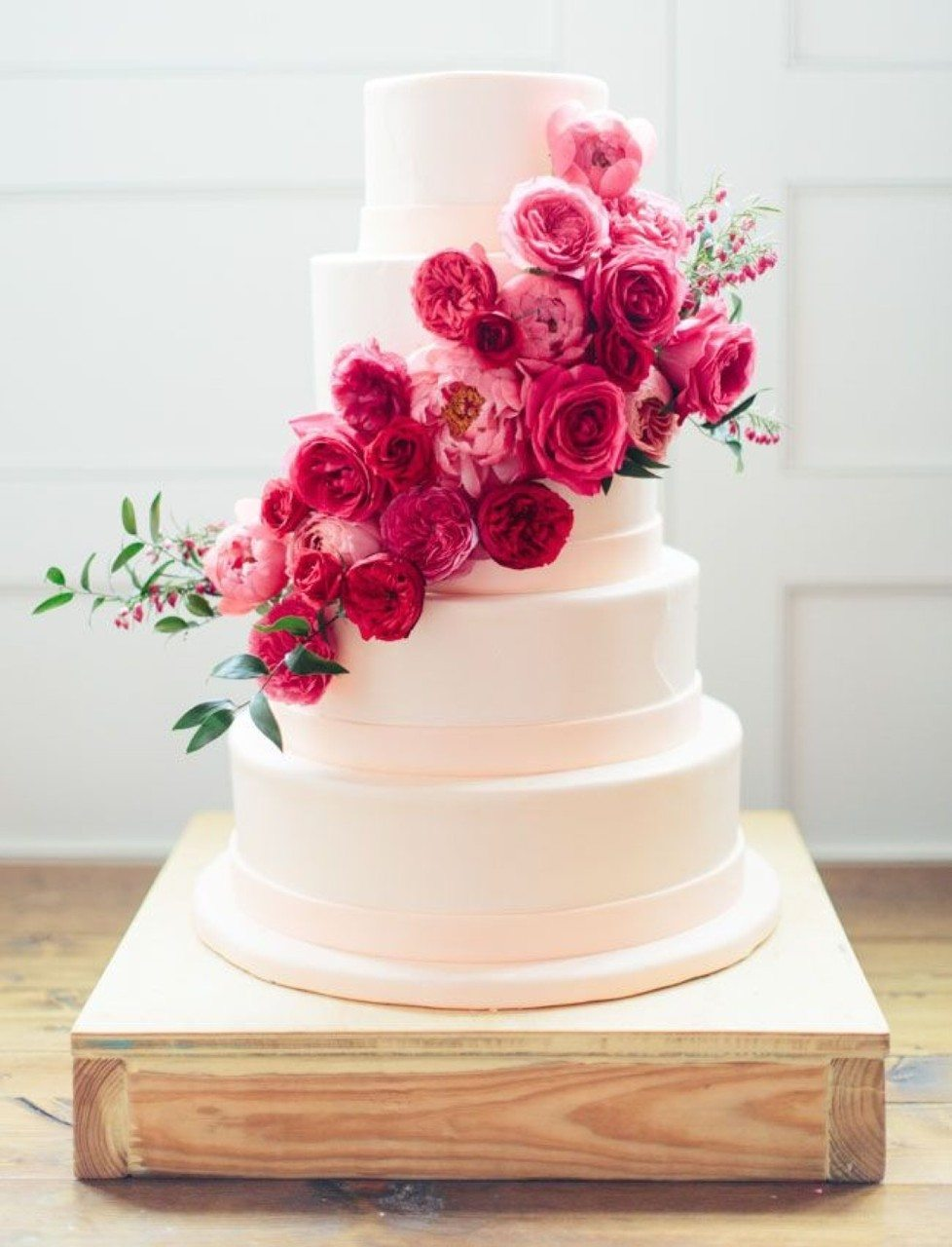 Wedding Cake Ideas That Are Delightfully Perfect   A Practical Wedding roses on a wedding cake