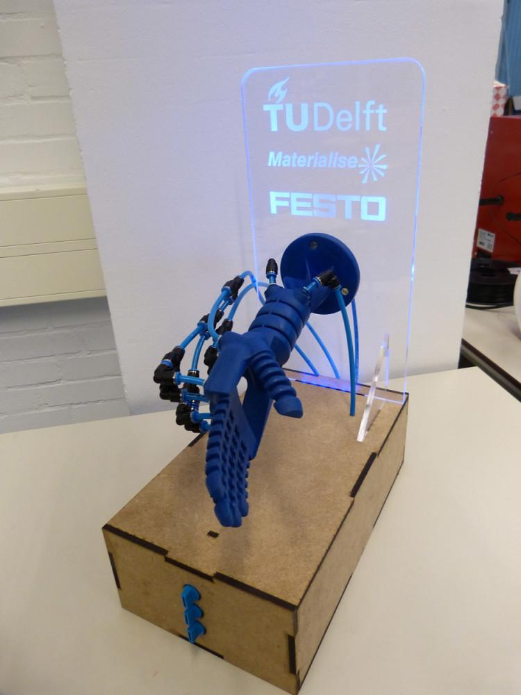 The 3d Printed Soft Robotics Hand Will Respond To Human