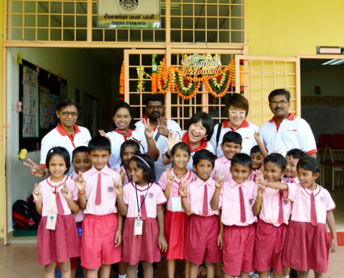 4D Result Celebrates Deepavali with Divine Life Society for Underprivileged Families