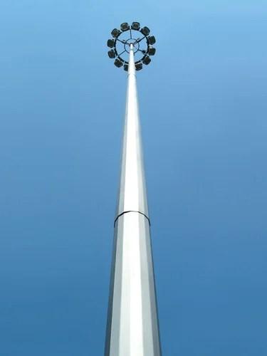 High Mast Lighting Crashes