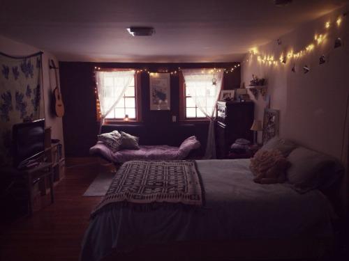 Urban Cottage Decor