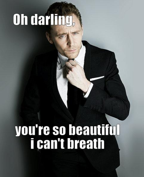 Hiddleston Tom Kneel Meme