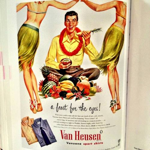 Fashion Ads of the 20th Century - 365 provocative...