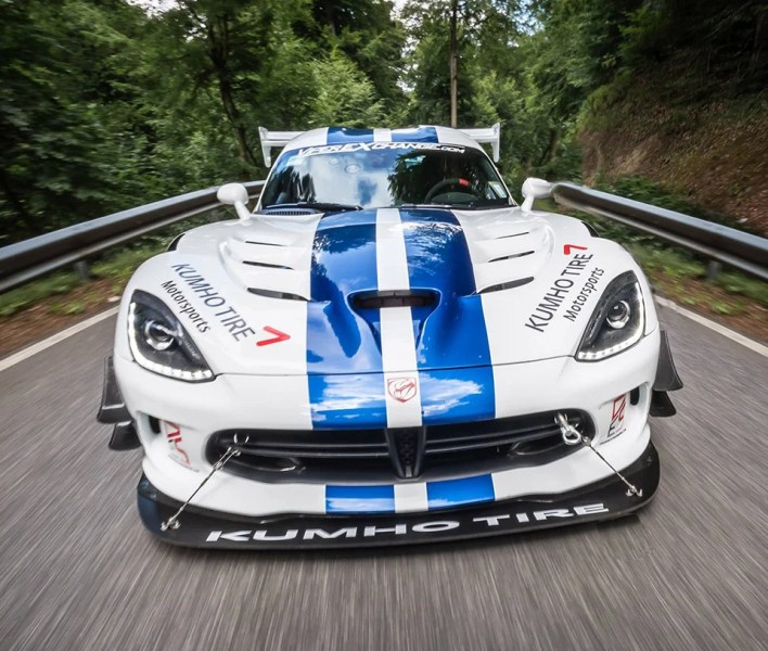 Dodge Viper ACR Dominates the Green Hell   95 Octane Dodge Viper ACR Dominates the Green Hell