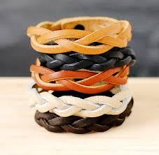 自分の手で革のブレスレットを作る方法:スキーム付きマスタークラス