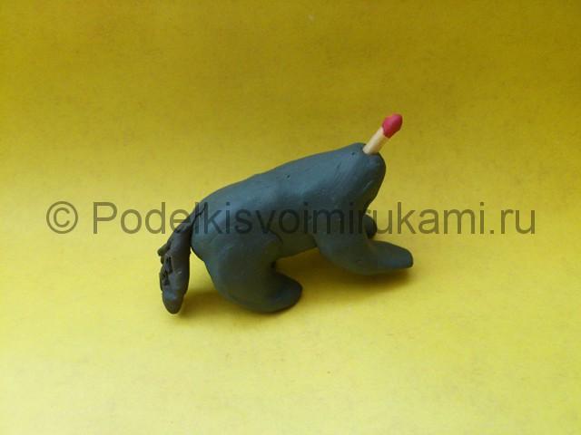 Қасқыр пластилин. Сабақтың кезең-кезеңімен модельдеу. № 7 қадам.