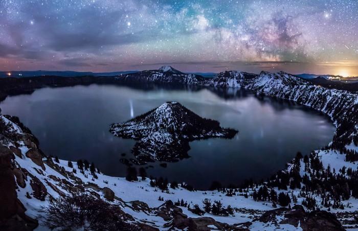 Метеориялық кратер көлі (Орегон, АҚШ)