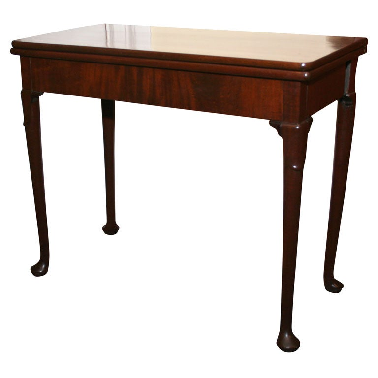 Queen Anne Dining Table Set