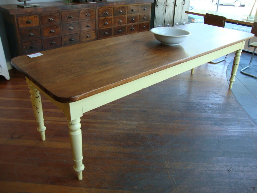 French Farmhouse Style Furniture