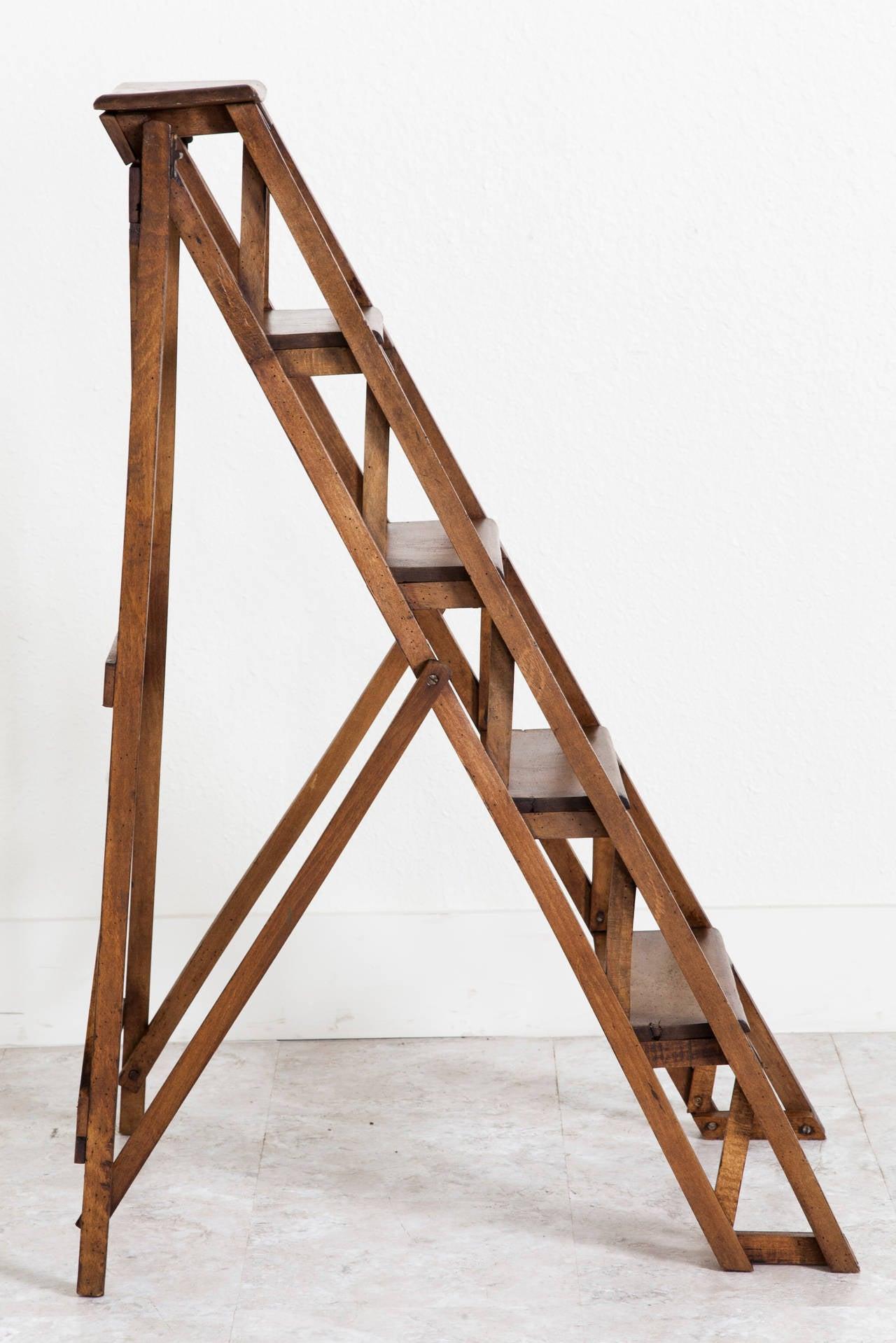 Folding Aluminum Ladders