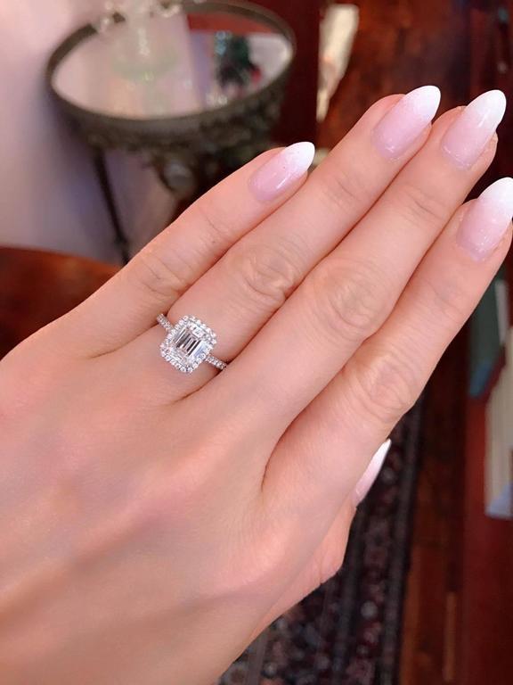 1 Carat Emerald Diamond Finger